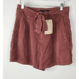 Vero Moda High Waist Shorts large rust red tie